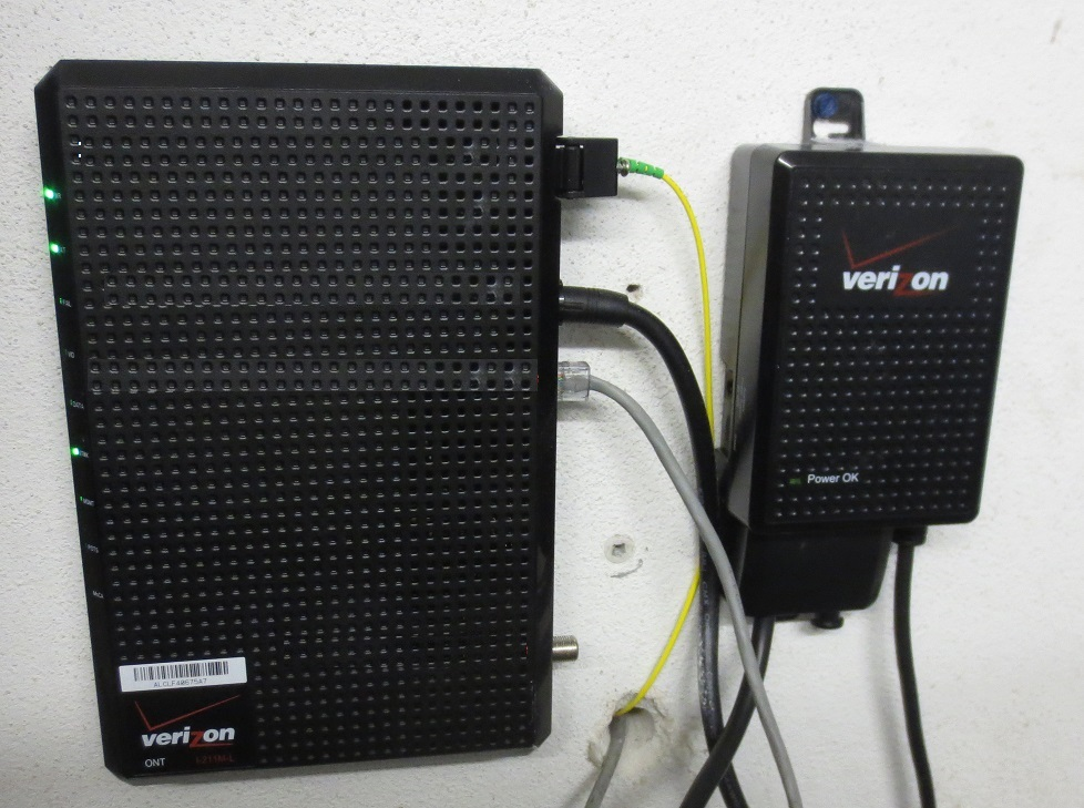 Verizon business bundles—wired differently with hyperfast fiber.